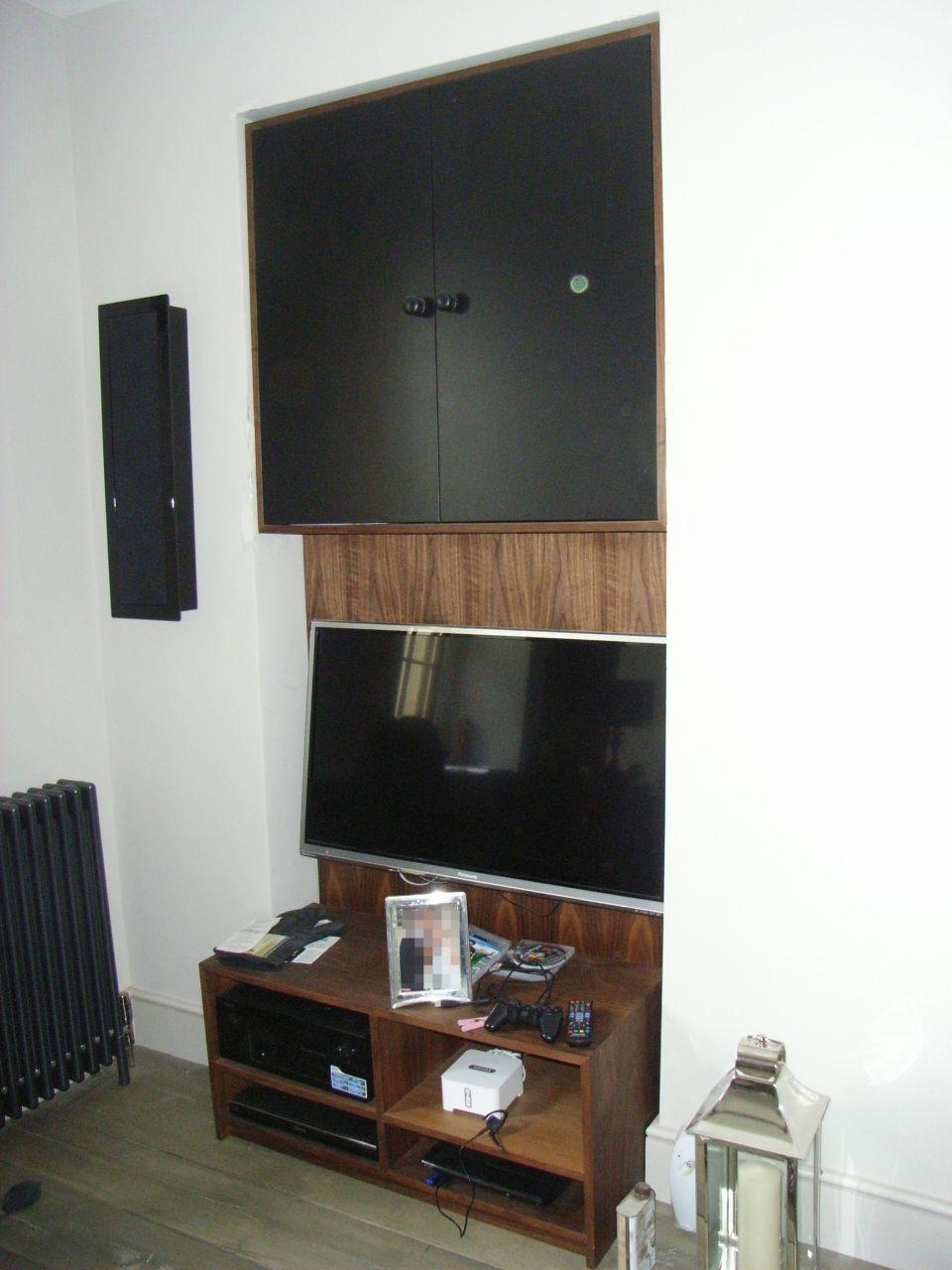 TV alcove unit
