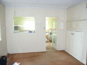 breakfast room before knock through