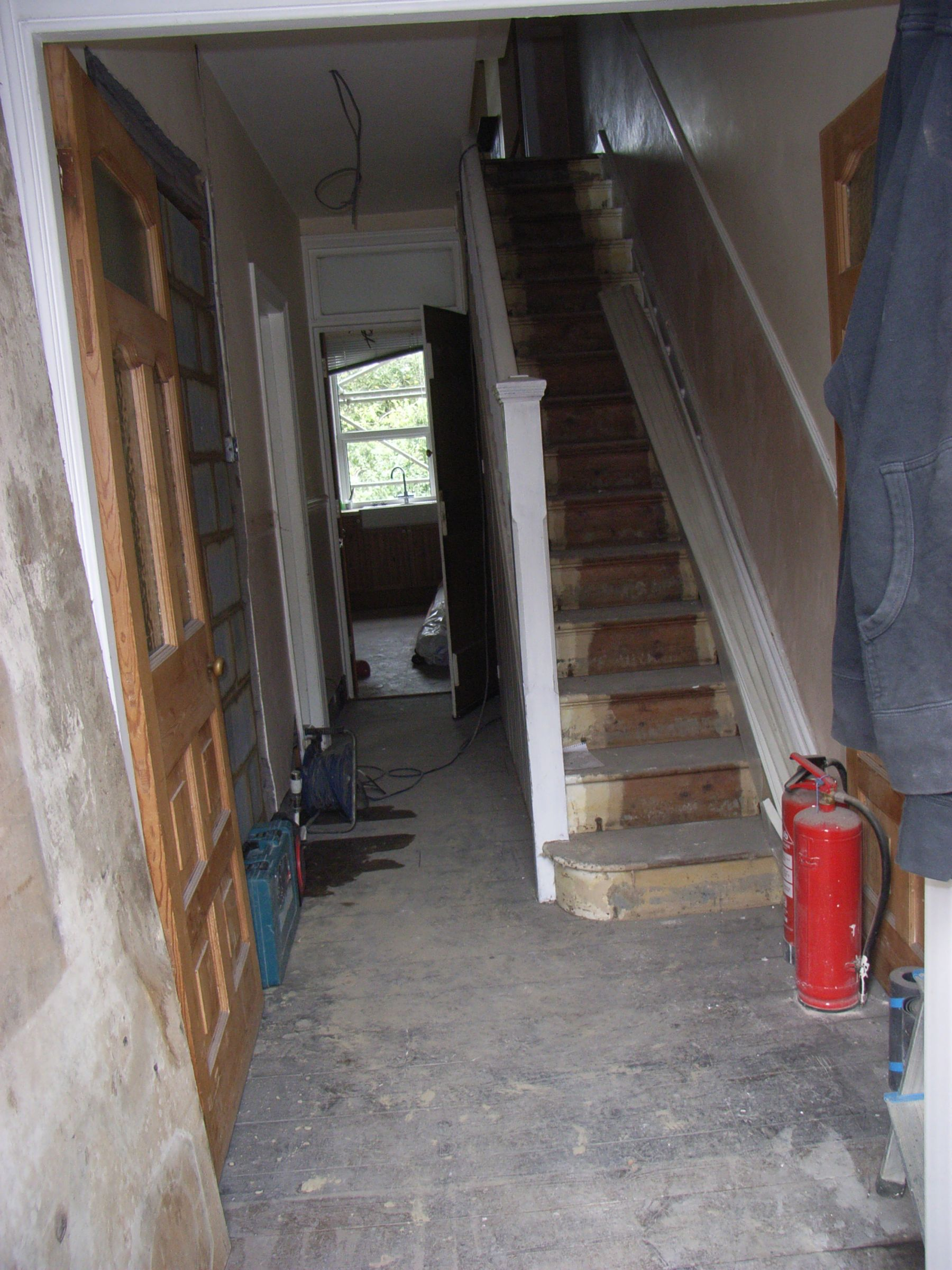hallway before renovation