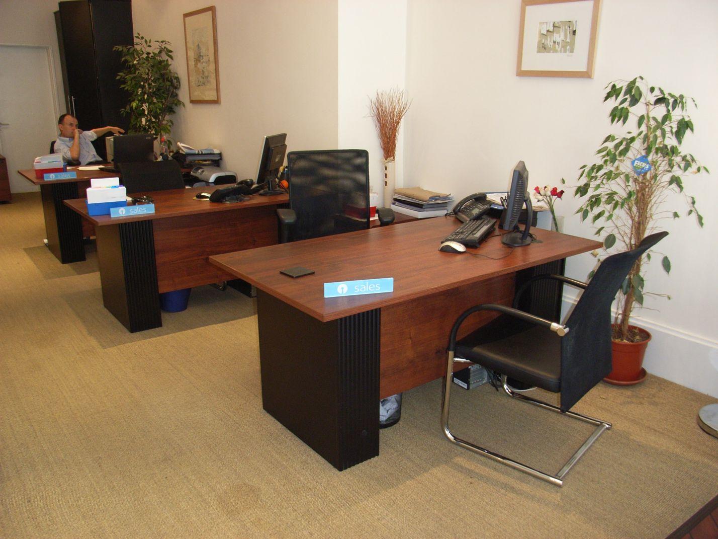 quality office desks