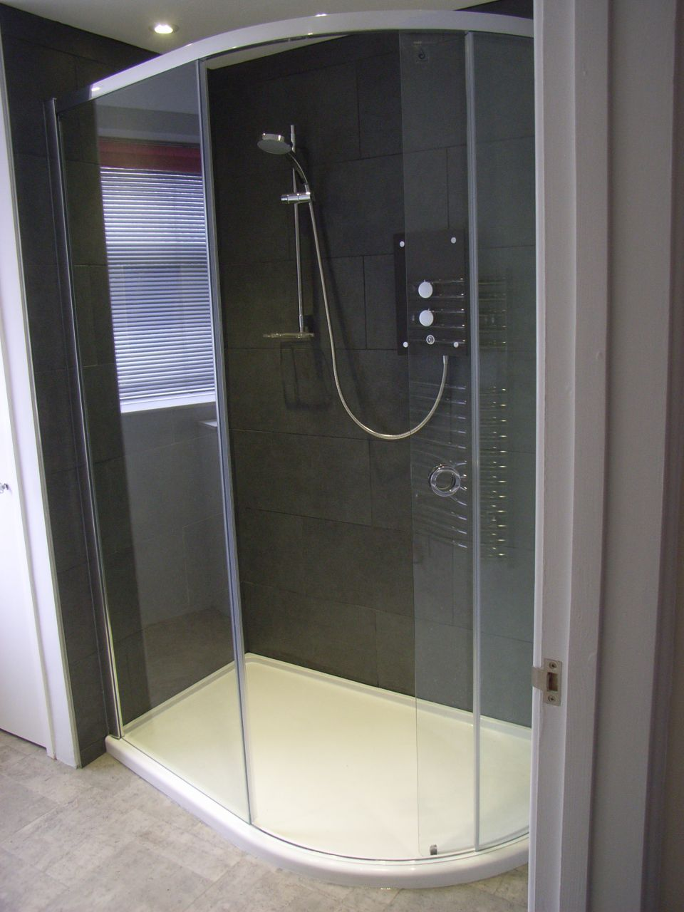 walk-in electric shower