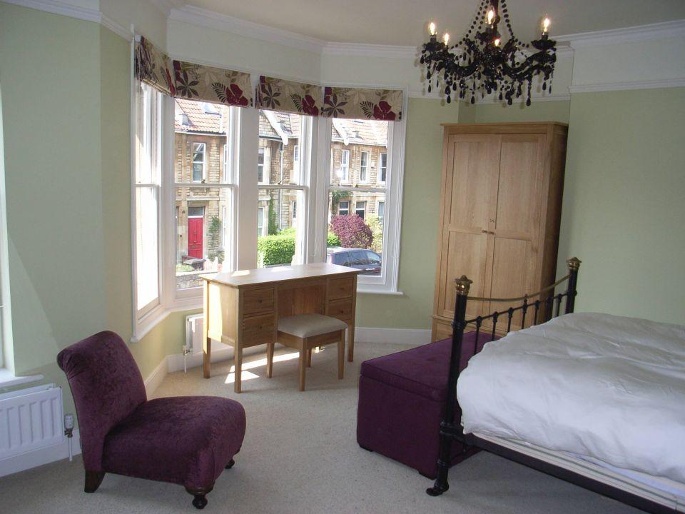 Victorian bedroom renovation after decoration