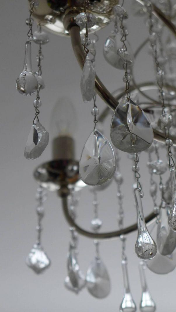 chandelier droplets