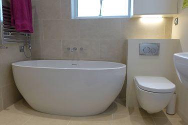 contemporary freestanding bath