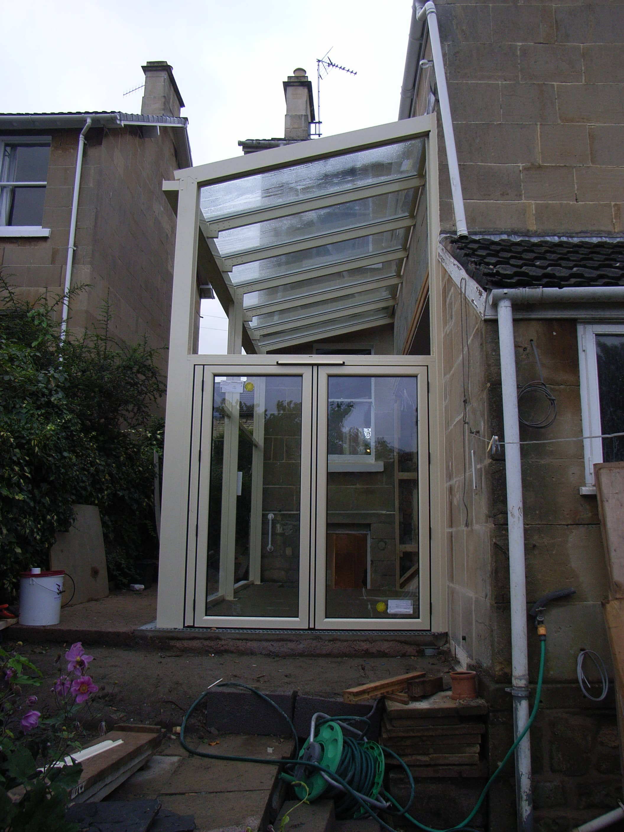 glass extension frame