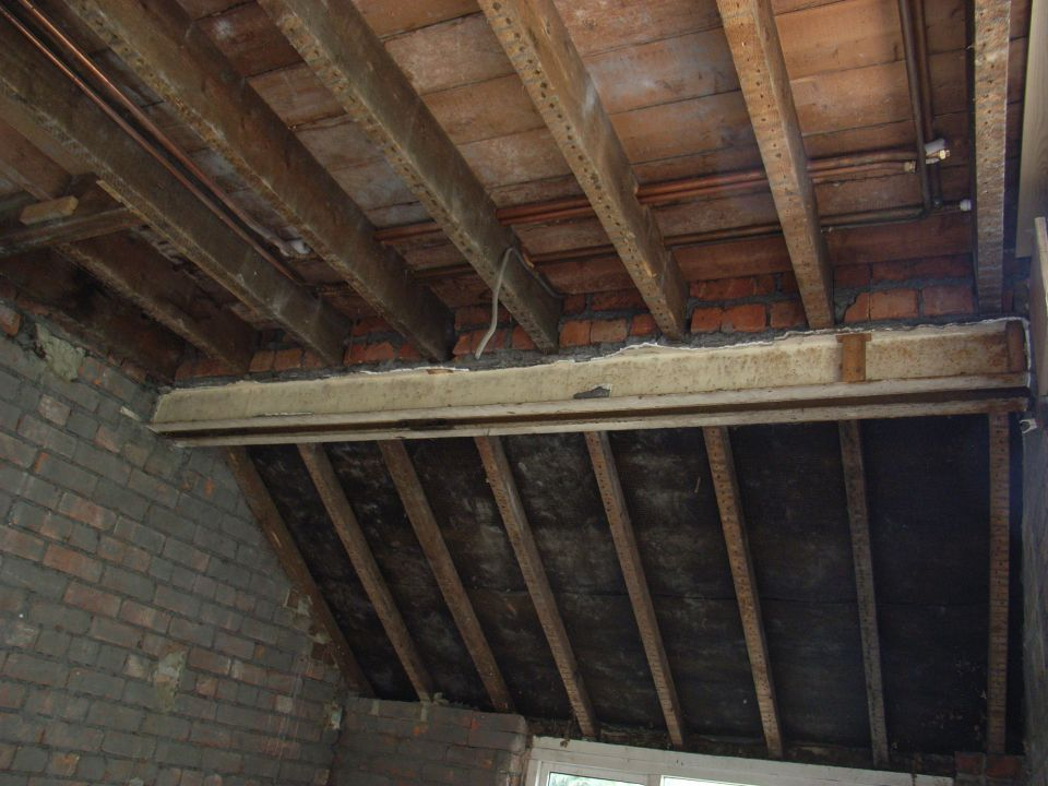 joists exposed for lighting positions