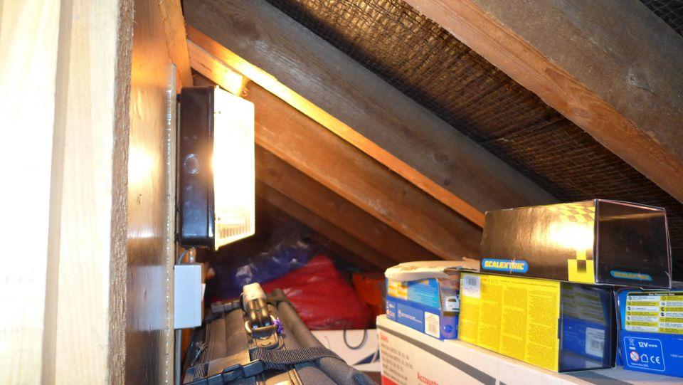 eaves bulkhead light