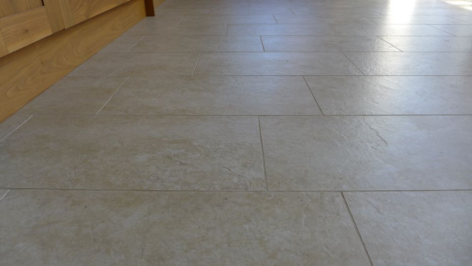 porcelain tiled floor