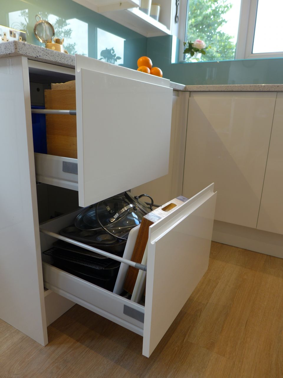 Kitchen Units Style Within