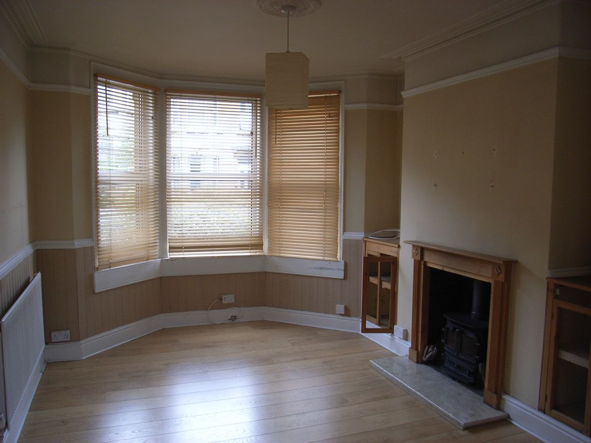 sitting room before refurbishment