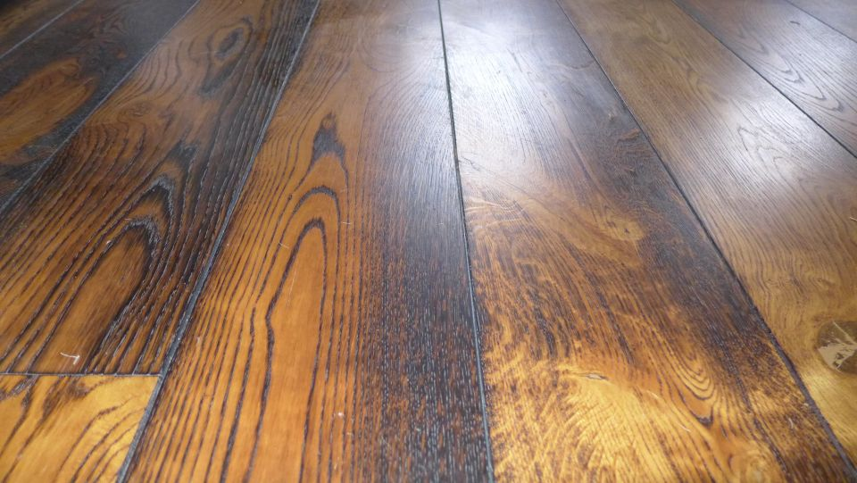 our interior design website has link to a wide range of interiors topics including oak flooring as in the photo.