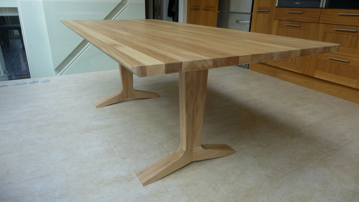 Dining rooms style within for Modern oak dining table