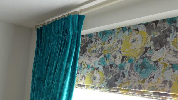 roman blind with dress curtains