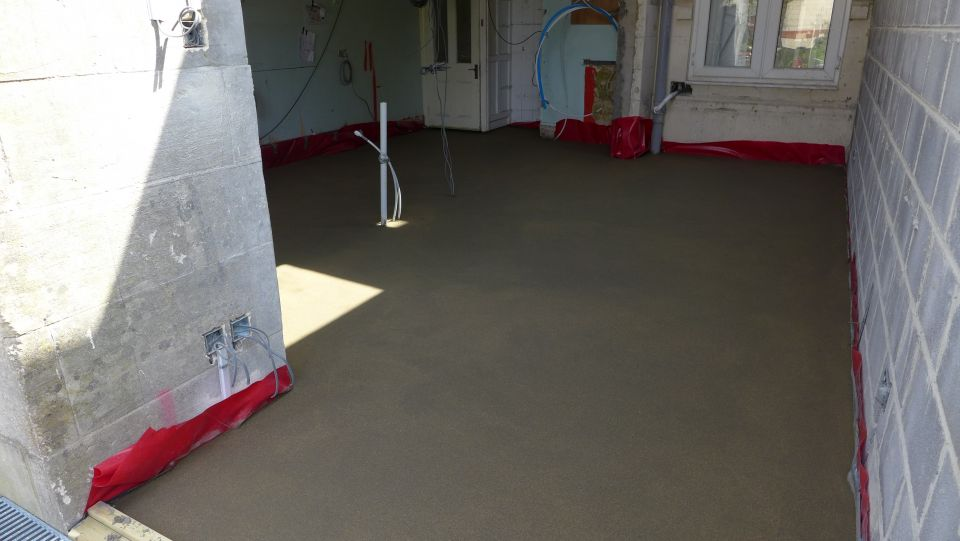 Wet Underfloor Heating And Screed Style Within