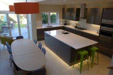 gloss-grey-kitchen