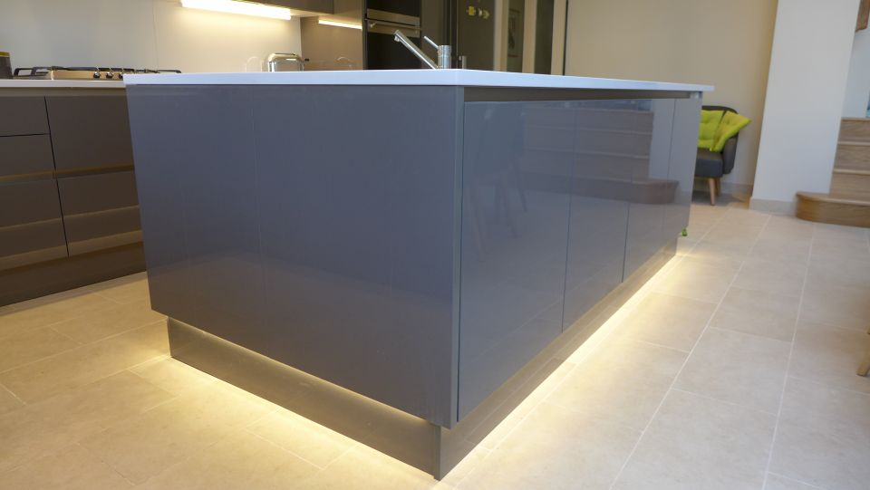 plinth-lighting-on-kitchen-island