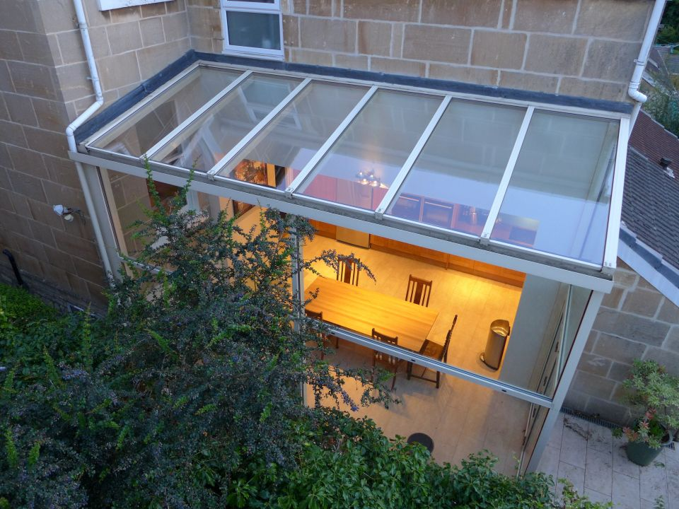 extension to end of terrace in powder coated aluminium with bifold doors