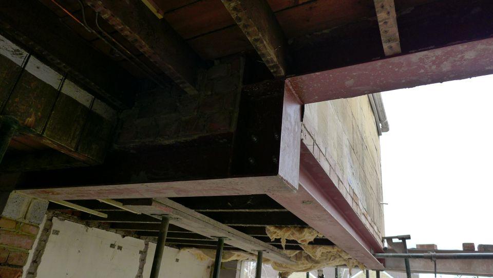 cranked steel structure